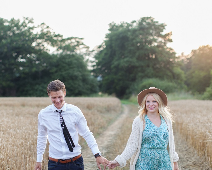Have Some Fun With A Pre-Wedding Shoot | Expert Advice
