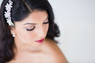 Review: A Vampy Kim K Make-Up Shoot with Glossy Make Up