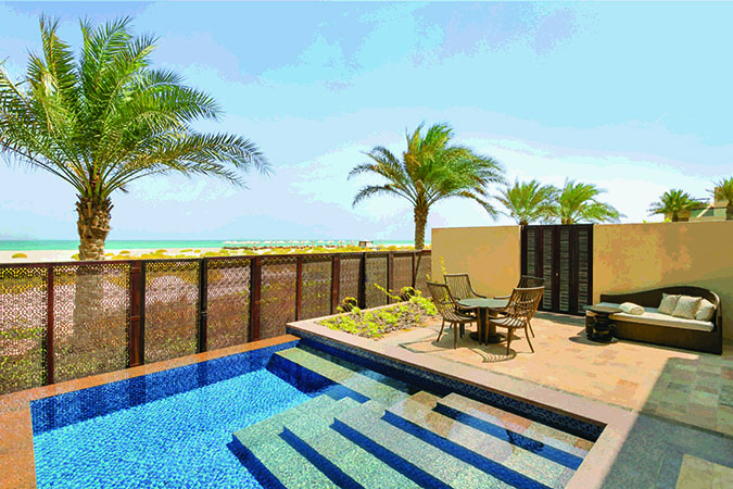 beach_view_suite_terrace_with_plunge_pool_vrx