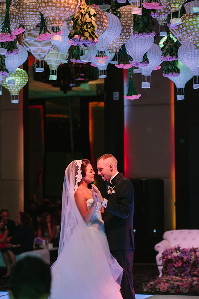 travel themed wedding in Dubai