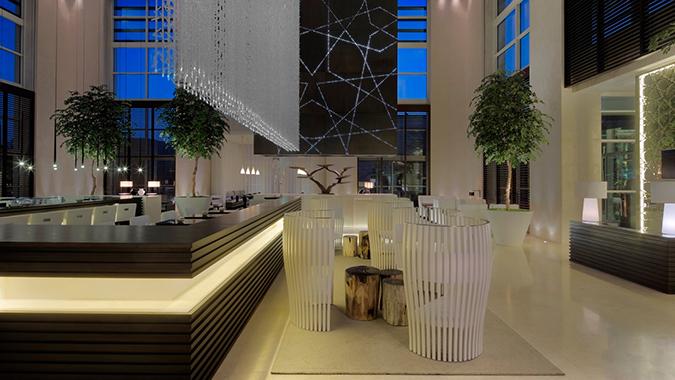 Le-Meridien-Dubai-royal-club-breakfast