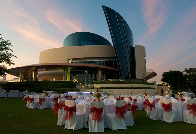 Al Badia Golf Club outdoor wedding