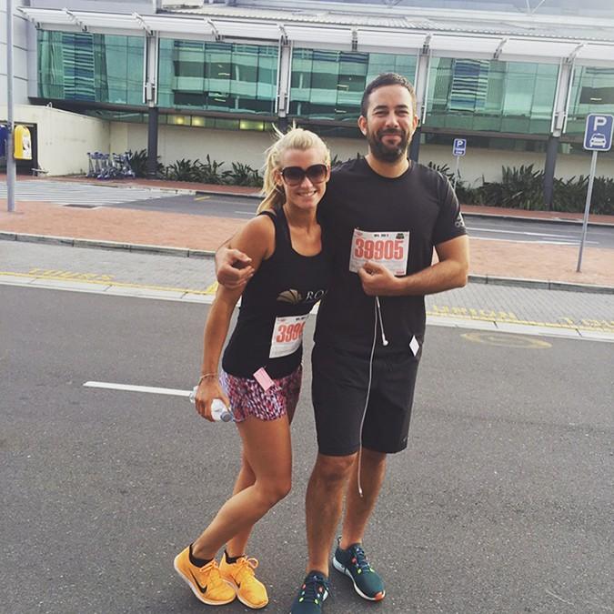 Anna and Tom run