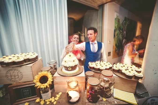 Sunflower_weddingcake