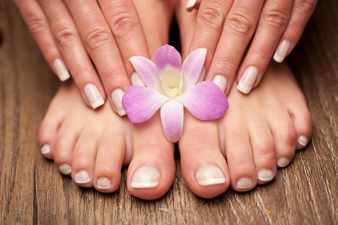 French_manicure_brideclubme