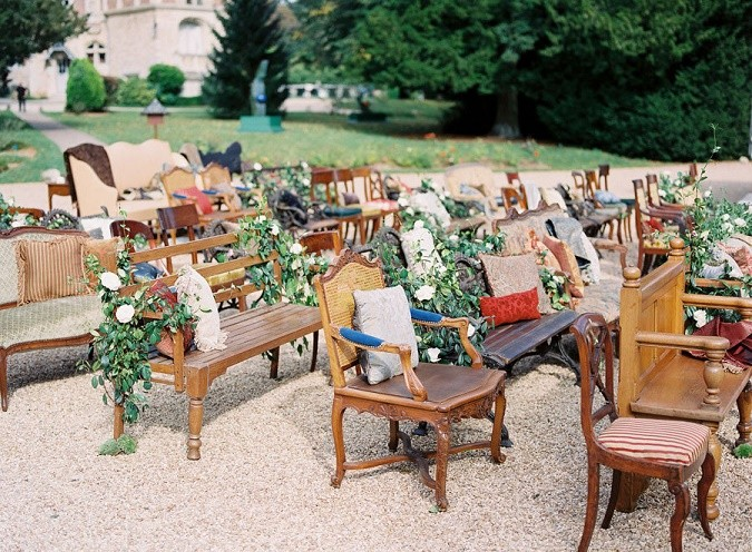 Mismatched_seating