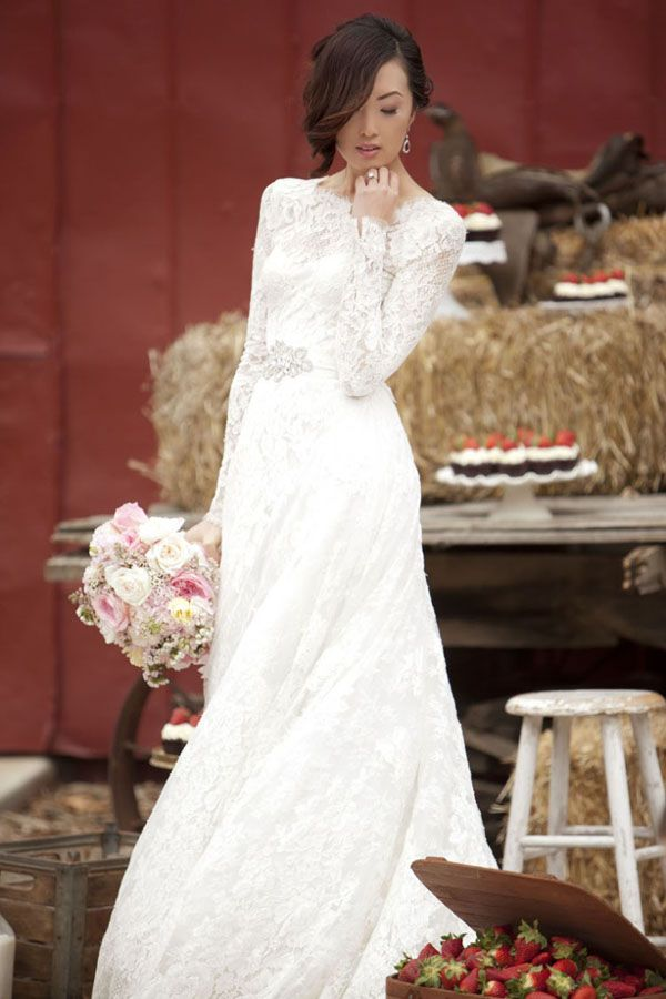 Modest_wedding_gown_brideclubme