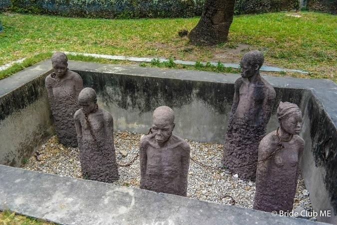SLAVE CHAMBERS1