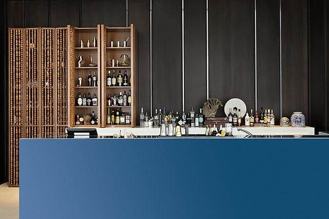 Aquario Bar Counter