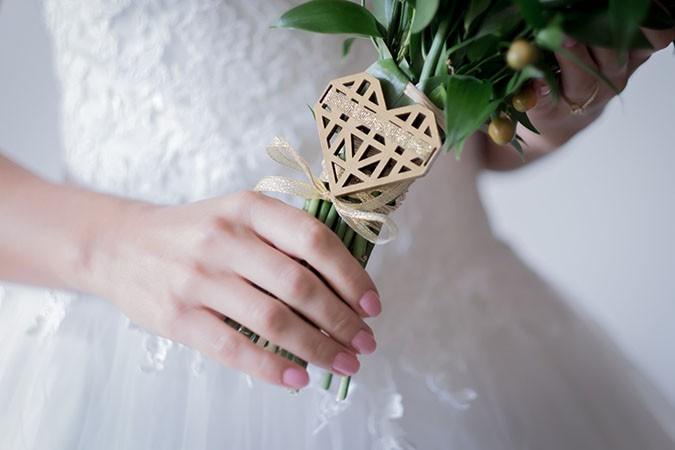 bouquet-brooch-paula-scalco-photography