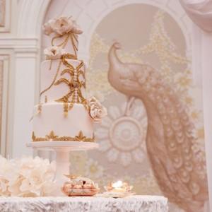 Cake Loft large Wedding Cake