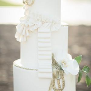 Cake Loft Cake White Tiered Wedding Cake