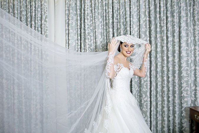 Expert Advice From Mohammad Al Haj: How To Choose Your Wedding Veil