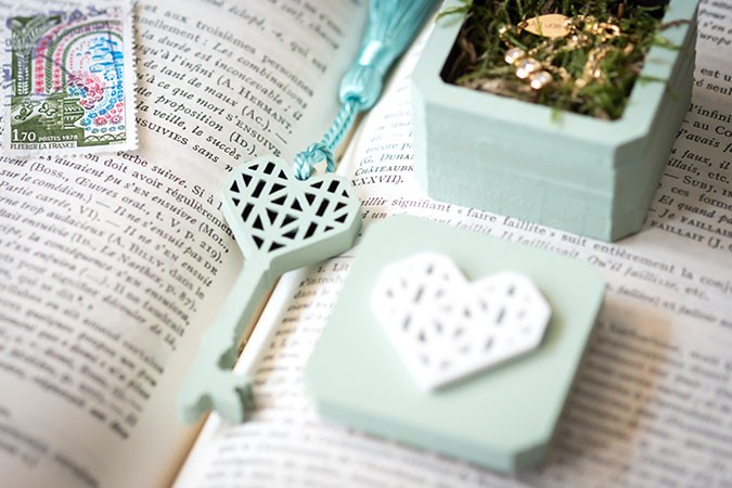 hand-painted-jewellery-or-ring-box-paula-scalco-photography