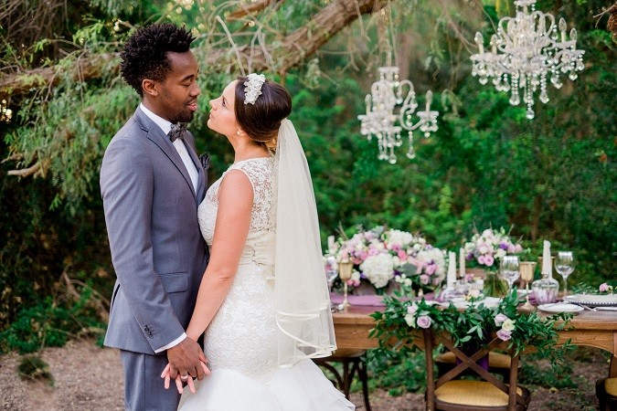 'The Chandelier Tree'|A styled shoot by The Pretty Pineapple