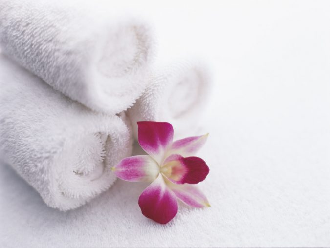 SLDB-Gallery-Towels-and-orchids
