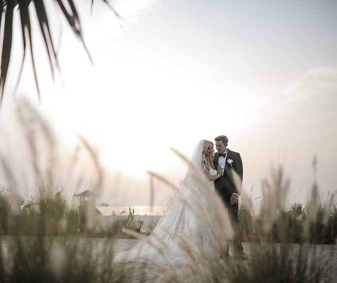 BCME Real Bride Contributor Loren's Elegant Outdoor Dubai Wedding