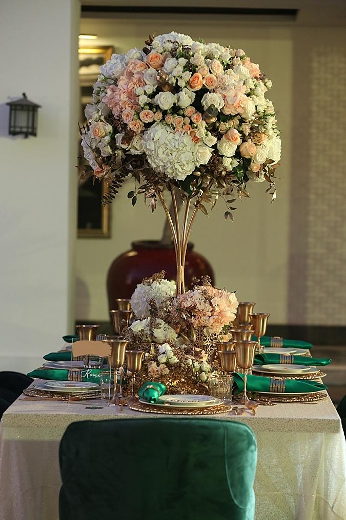 Table flower centre piece.