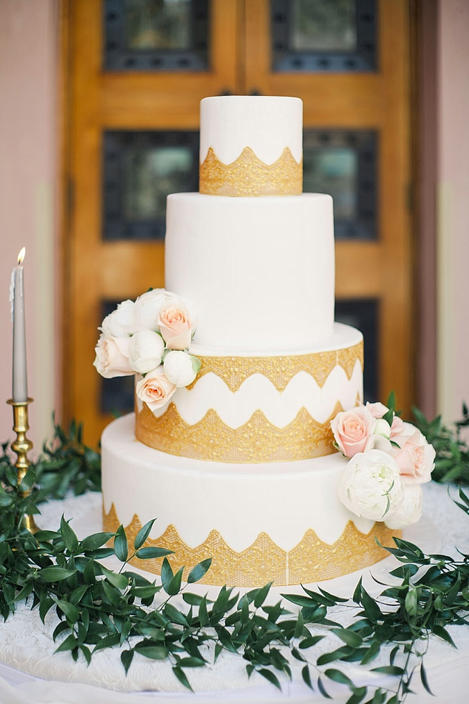 Cream and blush wedding cake.