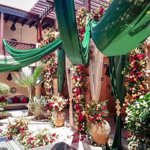 800 flowers Dubai Garden Oasis wedding installaiton