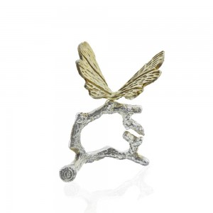 Sliver and gold butterfly napkin holder from Specstyles furniture rentals in Dubai