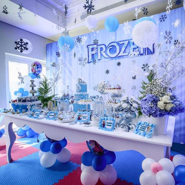 Baby Chic Frozen themed kids birthday party