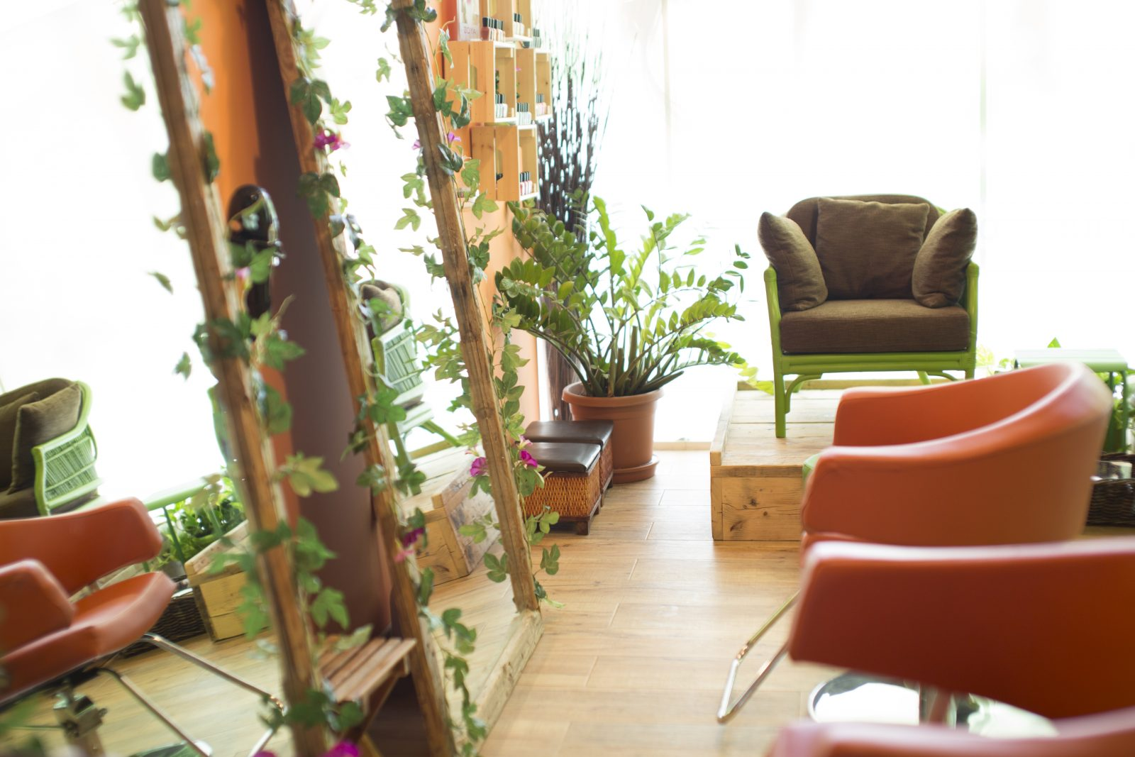 The Organic Glow Beauty Lounge in JVC