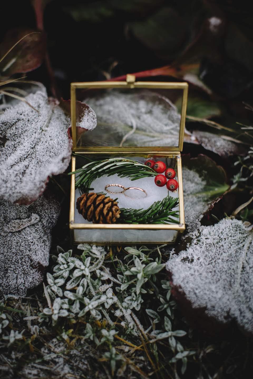 Christmas ring box