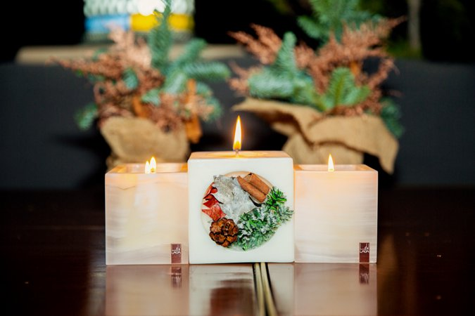 LAVA Moments festive candles