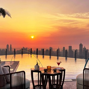 A hotel in the sky with open terraces-SLS Hotel and Residences